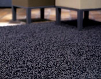 настил коврового покрытия на паркет