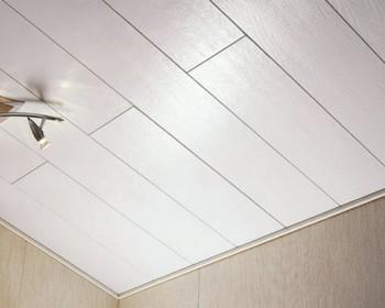 подвесные потолки из пластиковых панелей