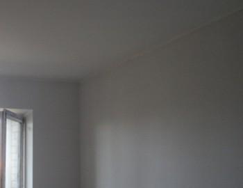 Малярные работы на стенах и потолке